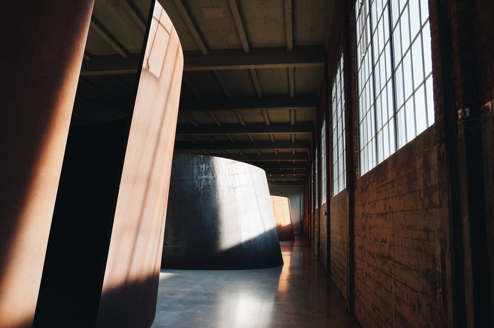 Richard Serra,  Torqued Ellipses