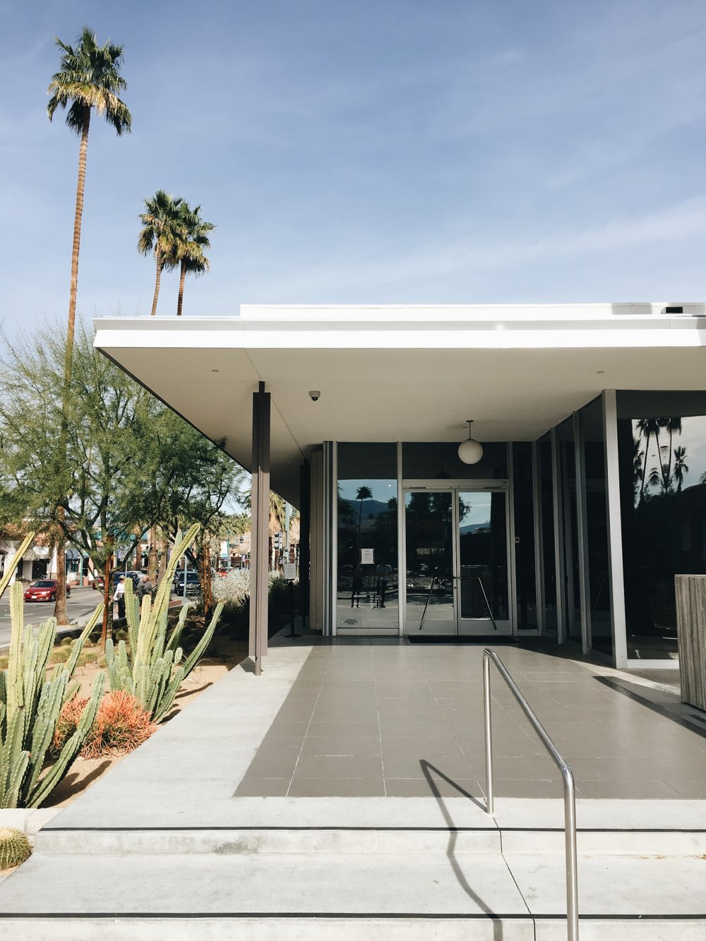 SeeSooMuch_Palm_Springs_Museum_Architecture.JPG