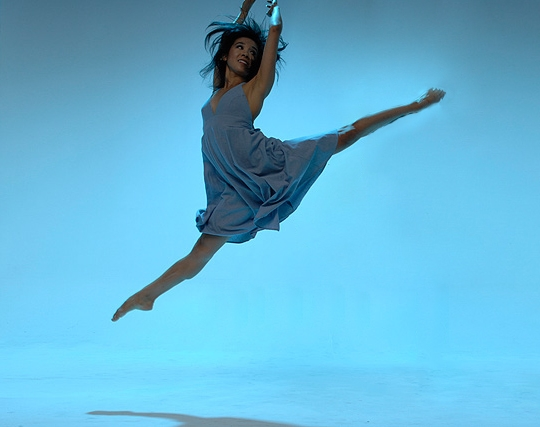 Photo of Nikki Holck dancing.