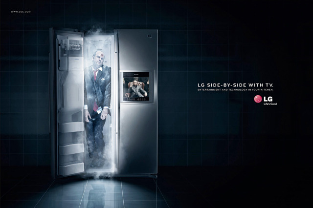 LG Side-by-Side Halloween Ad