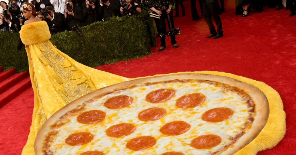 04-rihanna-pizza.w1200.h630