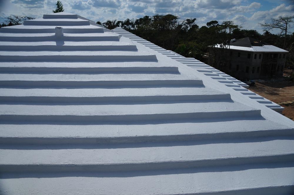 DSC_0071 - Balmoral Club, Nassau.jpg
