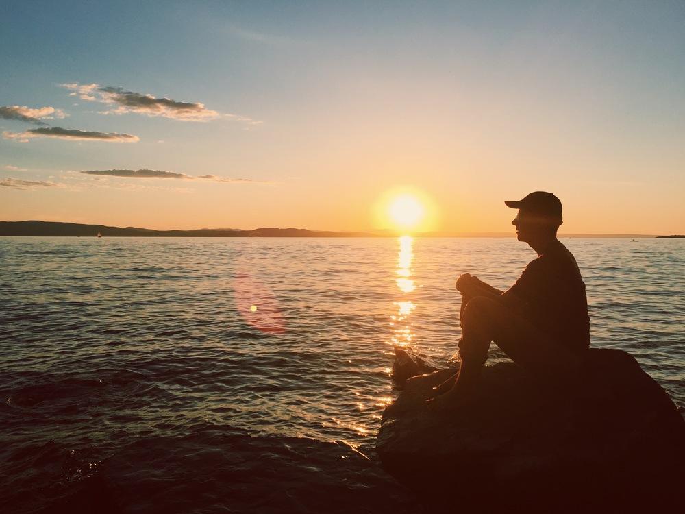 burlington sun.jpg