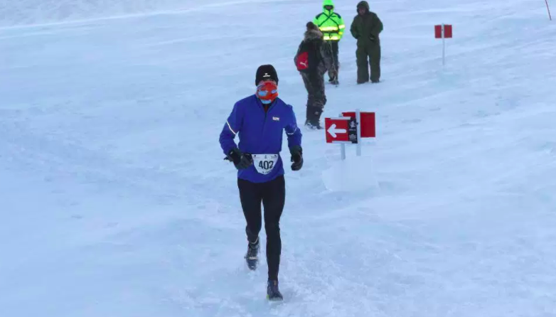 """7 - According to race winner Neil Weir 2015, """"It wasn't long into the run that I realised that my breath was freezing on the buff and by the time I reached the ice cap it was frozen solid"""""""