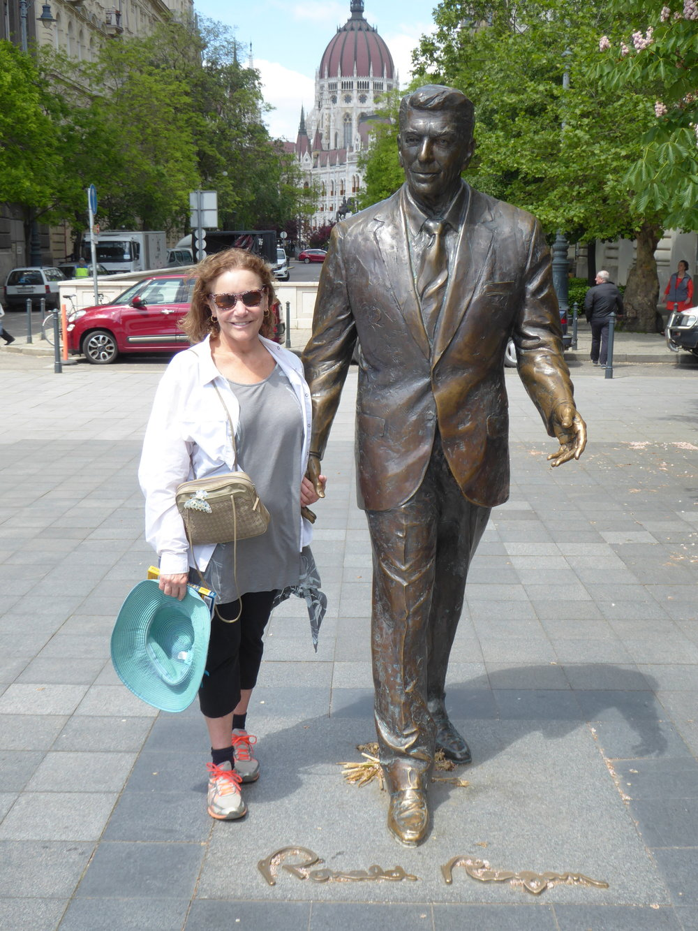 Ellen takes a stroll with The Gipper.