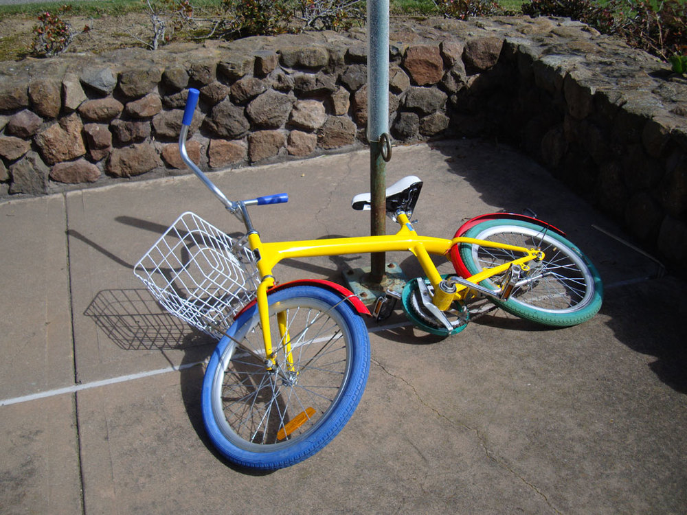 An abandonded Google bike