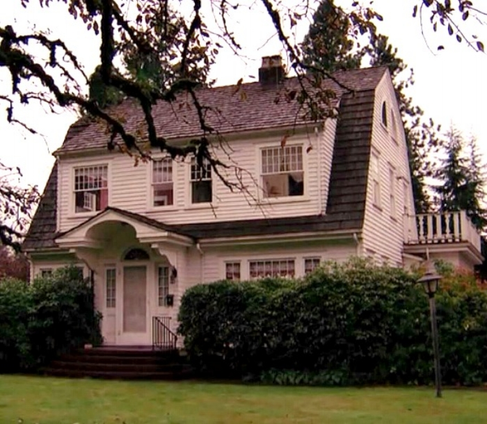 Laura-Palmers-house-on-Twin-Peaks
