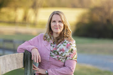 Wendy Gooditis (VA-HD-10)