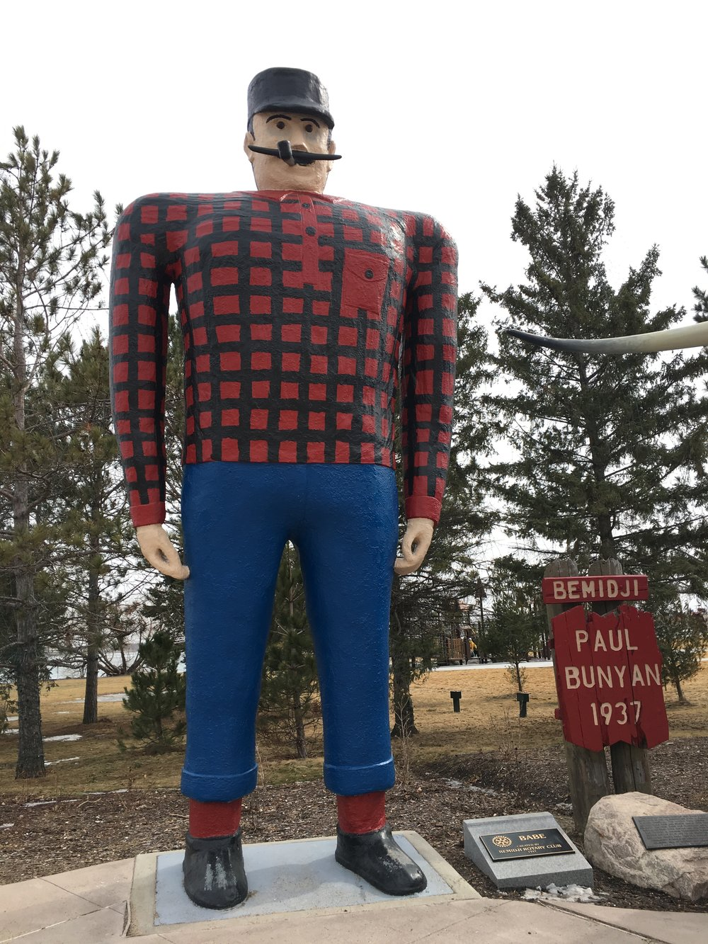 18' tall Paul Bunyan