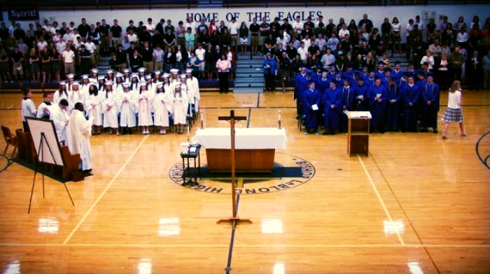 Senior Mass 2014 wide view.jpg