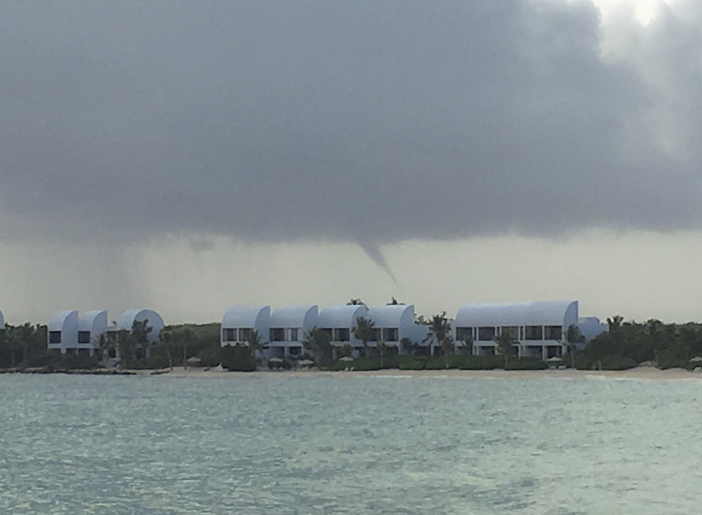 2016-01-AXA-WATERSPOUT-CC