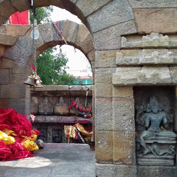 Sanctum-of-chausat-yogini-temple-pic-by-Debasis-Sahoo-1024x576.jpg