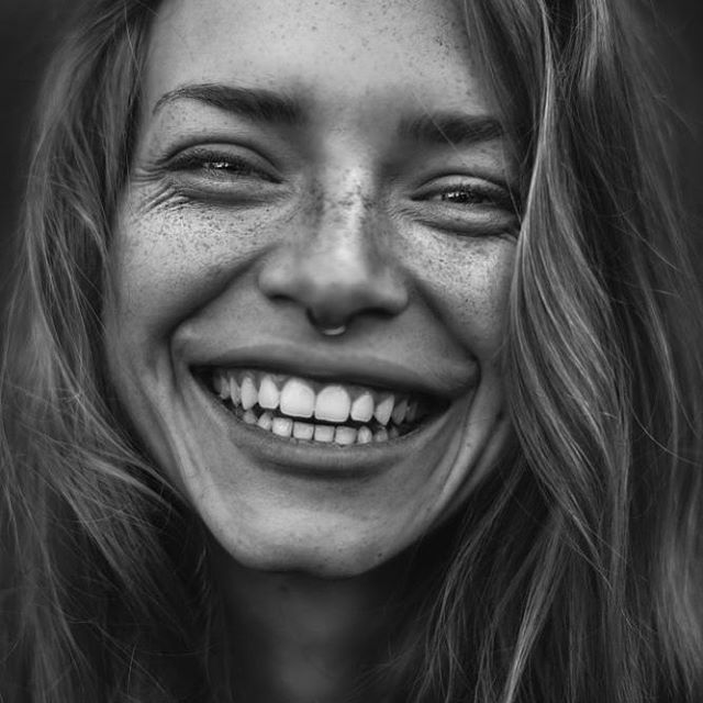 'Go forward in life with a twinkle in your eye and a smile on your face, but with great and strong purpose in your heart' Gordon B. Hinckley 💕🙌🏻 📷 via Pinterest #smile #purpose #confidence #wearitloveit #pearlysmileaustralia