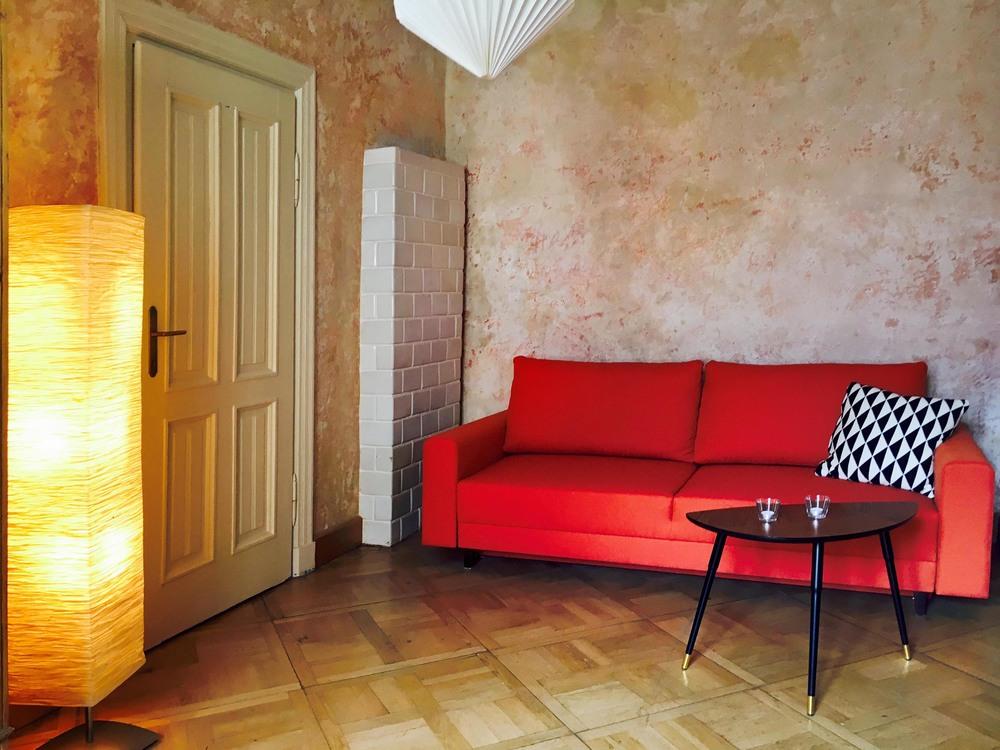 third room-1.jpg