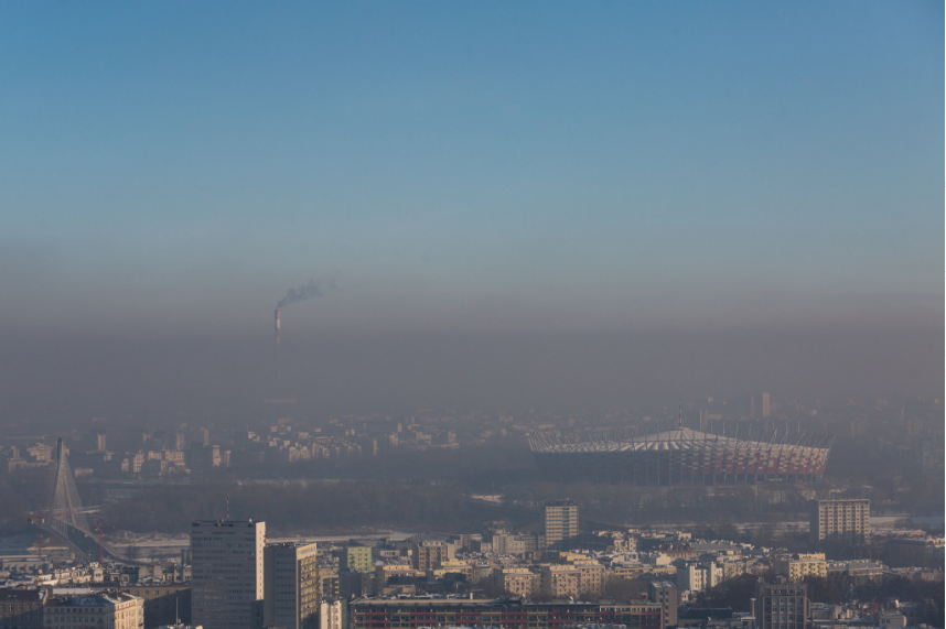 Photo of Warsaw's air snipped from the article linked above.