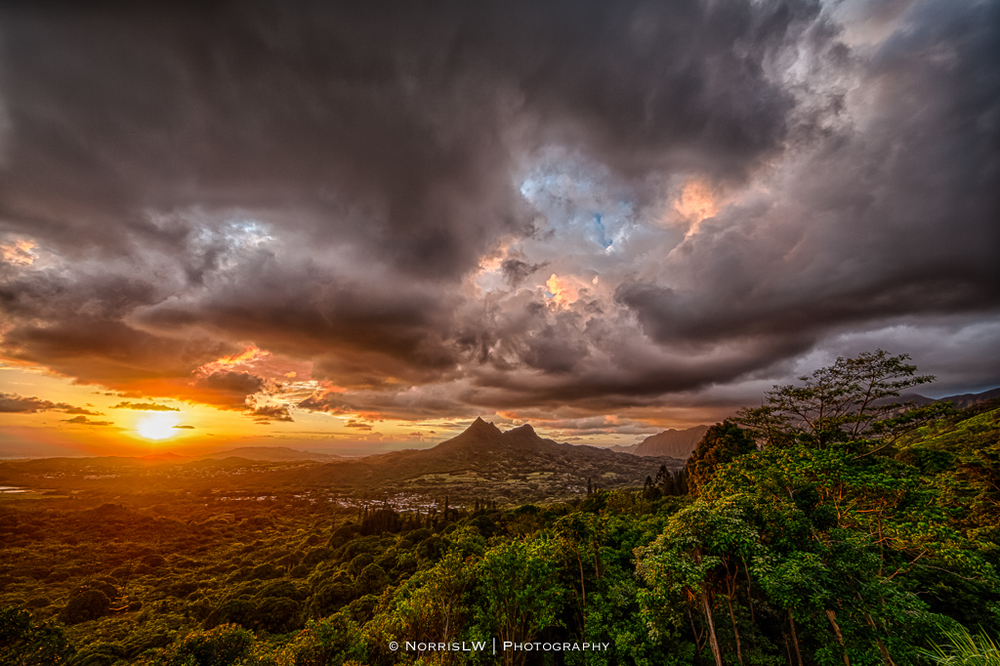 dA-Crazies-Olomana-Sunrise-20130608-001.jpg