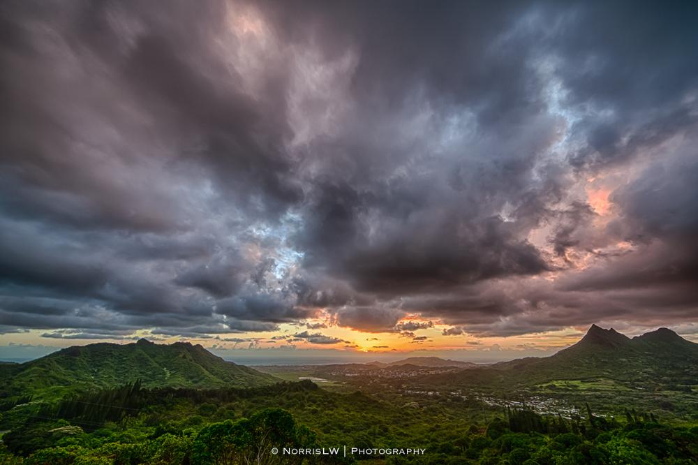 dA-Crazies-Olomana-Sunrise-20130608-002.jpg