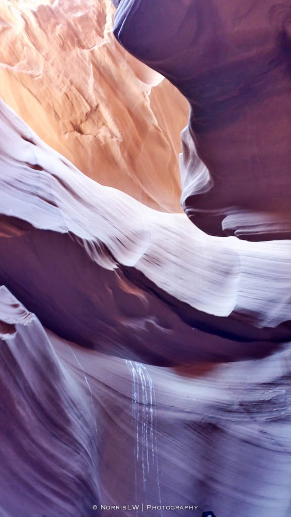 LV_Page_Arizona_Lower_Antelope_Canyon_Phone-20160214-001.jpg