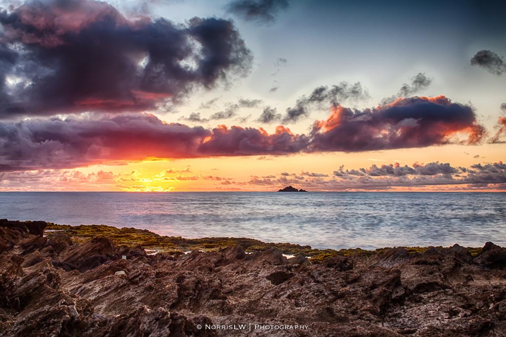 dACrazies-KailuaCastlesSunriseHDR-20130706-001