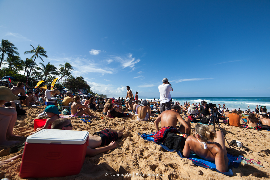 BillabongPipeMasters-20131214-003