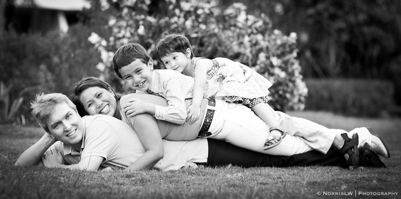 Wendy and Svein Family-Signature-web-November 21, 2010-20.jpg