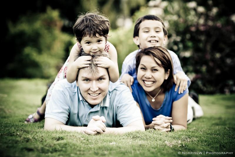 Wendy and Svein Family-Signature-web-November 21, 2010-18.jpg