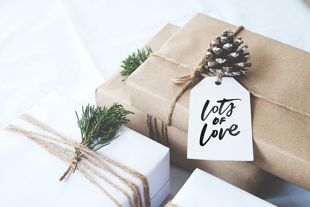 Christmas Gift.Lots Of Love Christmas Gift Tags Instant Download Yellow Ark