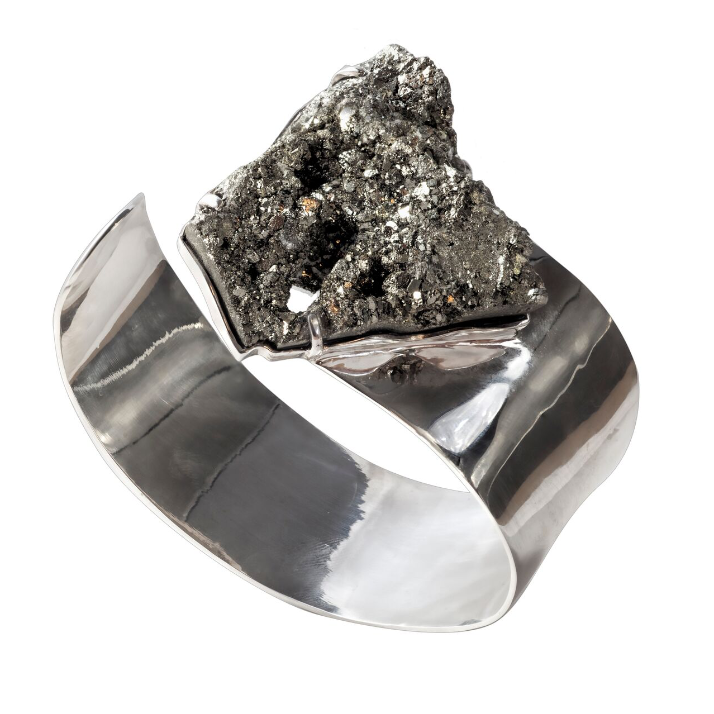 Pyrite (Peru) on a white gold-plated 925 silver cuff