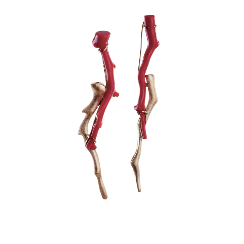Red coral (Italy, antique) and 18k yellow gold earrings