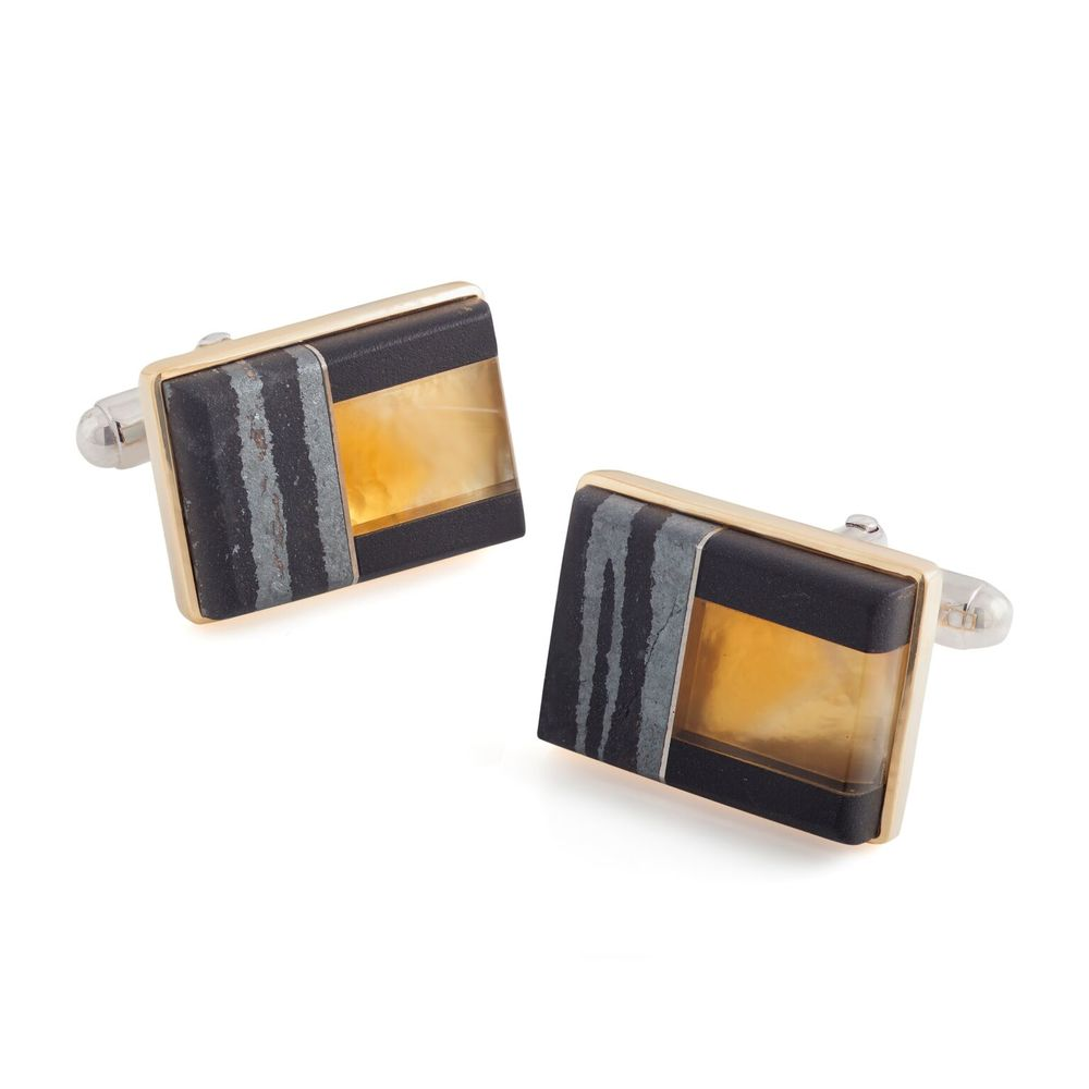 Rutilated quartz (Brazil), hematite and black jade cufflinks, with a 18k yellow gold bezel and mother of pearl backing, set in white gold-plated 925 silver