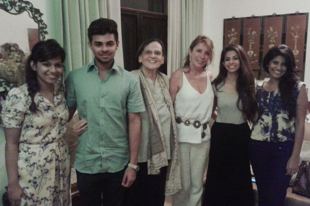 Paloma with Aly's mother and cousins in their Sri Lankan home
