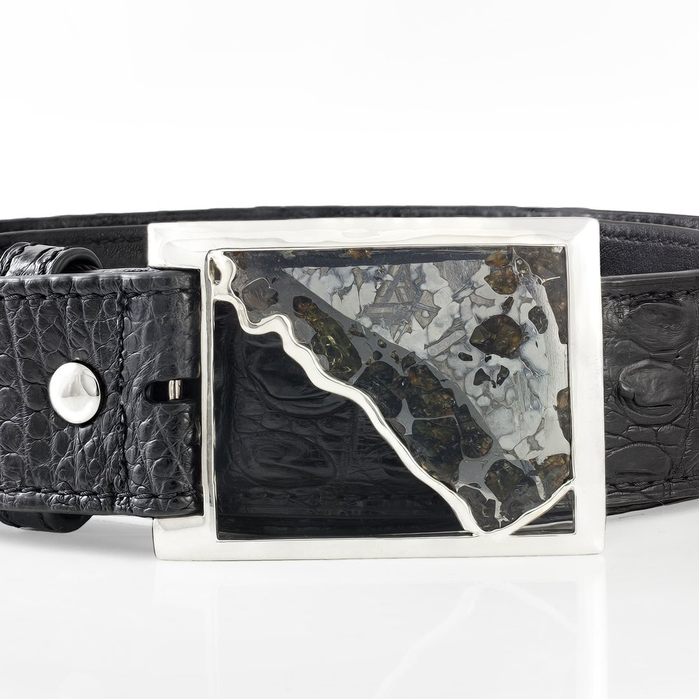 Pallasite meteorite (Russia) set in 925 silver, on a crocodile leather belt