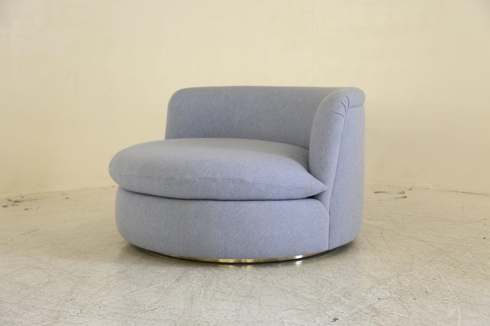 Greta Love Seat