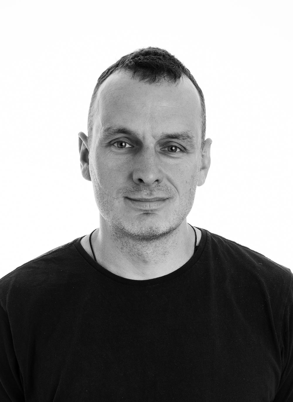 MICHAL KASPRZAK  Tlf.: +47 939 39 416