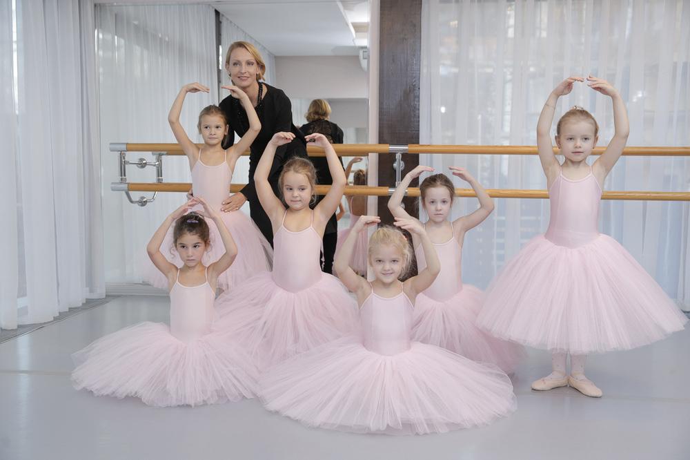 14.10.28 Ballet School , Elzi Liepi 1701.jpg