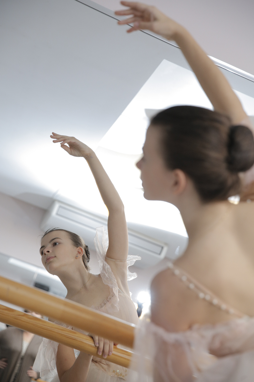 14.10.28 Ballet School , Elzi Liepi 2365.jpg