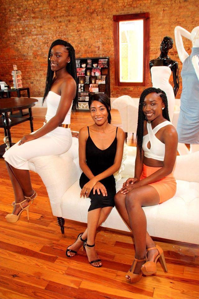 Founder Brianna Shawncee' (center)