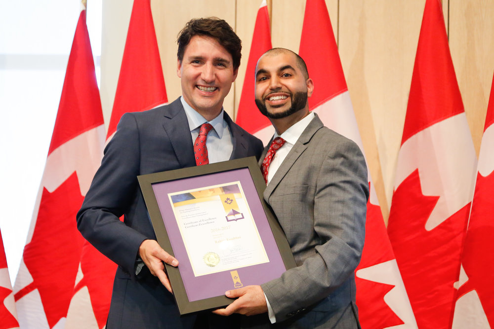 This program is co-facilitated with Rahim Essabhai. Rahim is a grade 12 Business Leadership teacher in the Toronto District School Board. In his course, students spend 6-8 weeks consulting to an organization using Integrative Thinking. Rahim won the 2016 Prime Minister's Award for Teaching Excellence for this work.