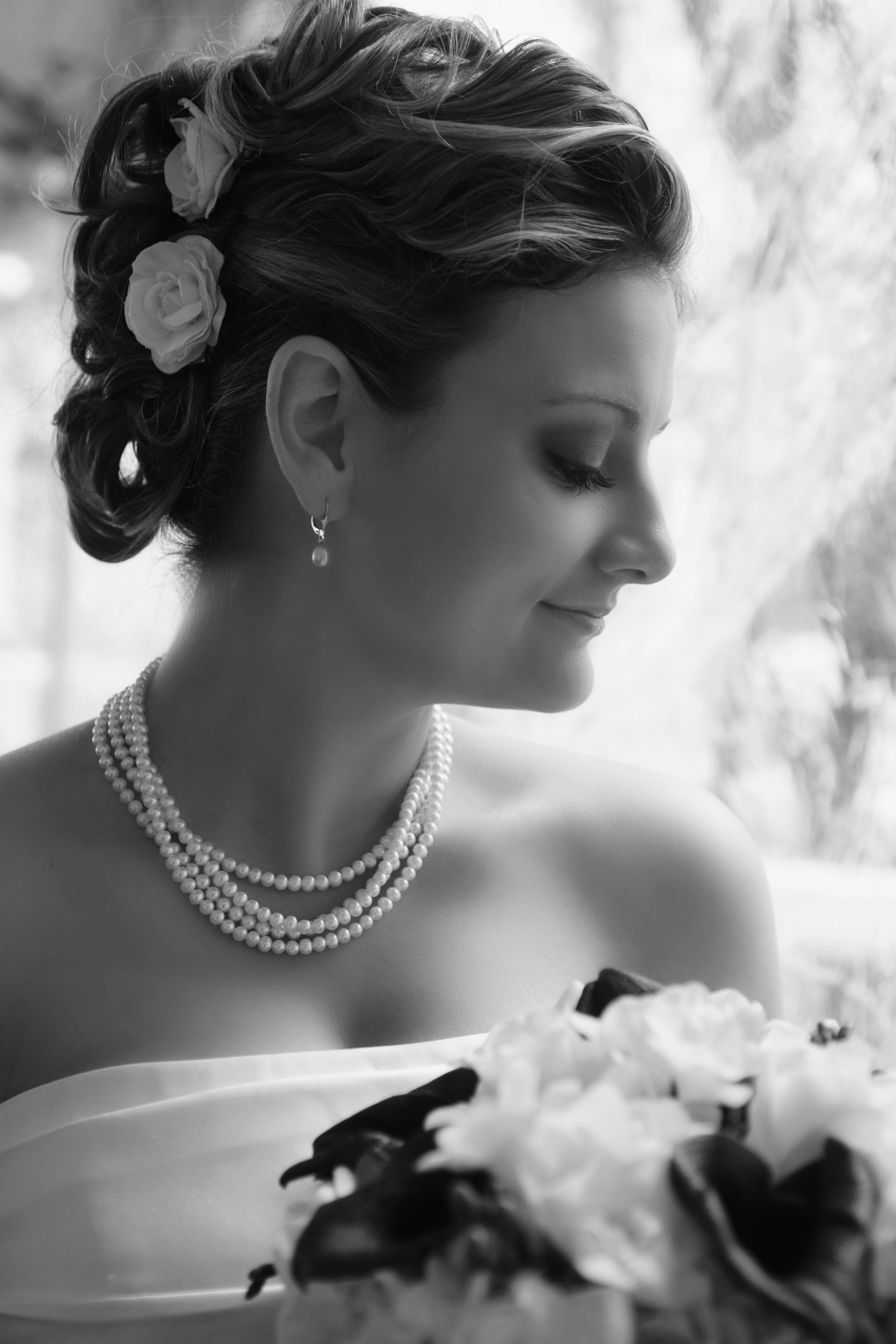 black and white wedding ph