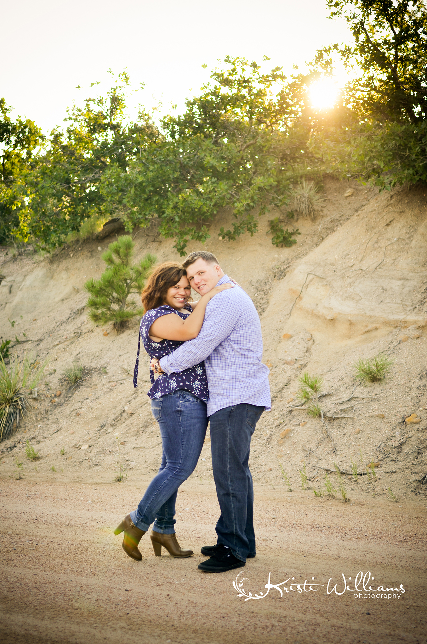 dirt road engagement couple photos colorado springs golden hour