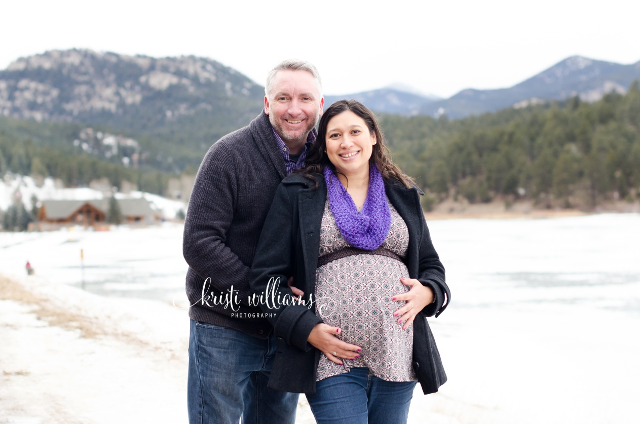 colorado mountains maternity photography www.kristiwilliamsphotography.com