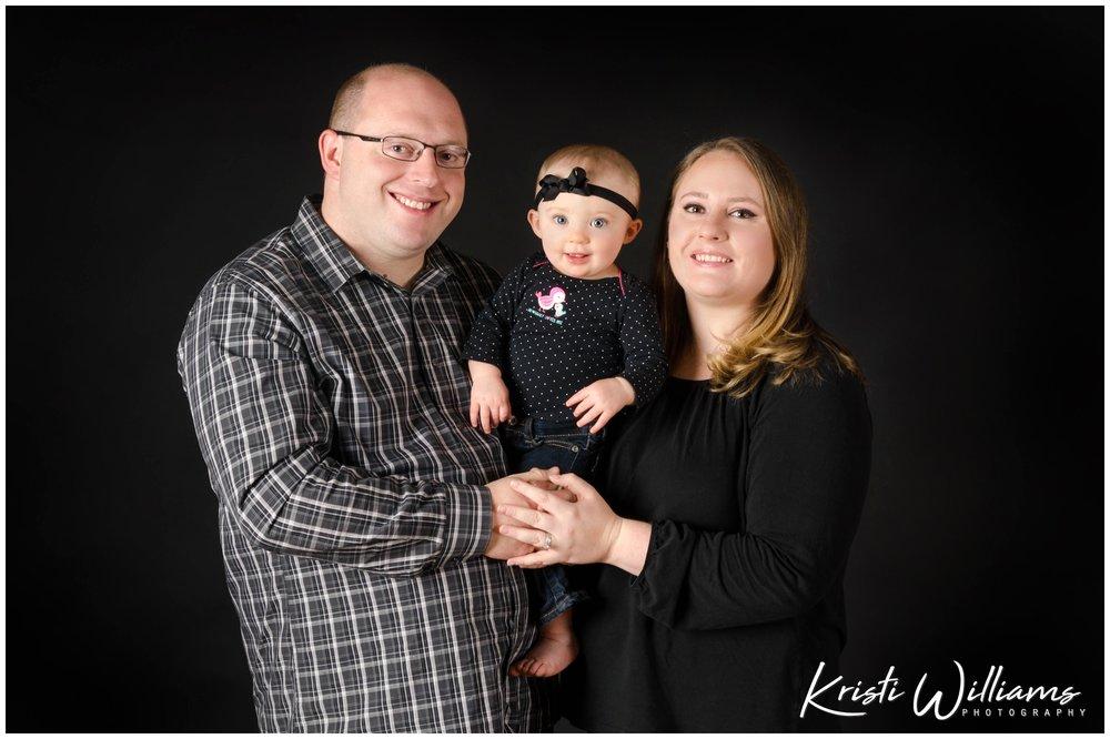 familyfirstbirthdayphoto.jpg