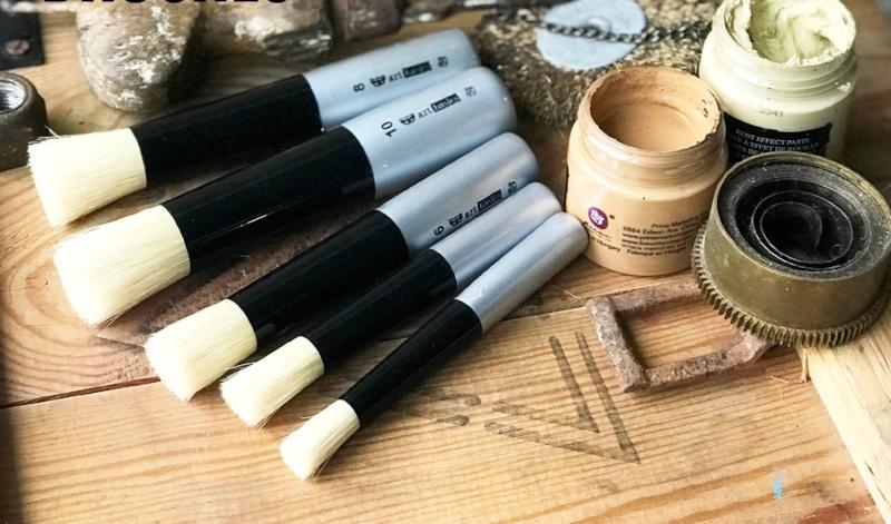 finn brushes2.jpg