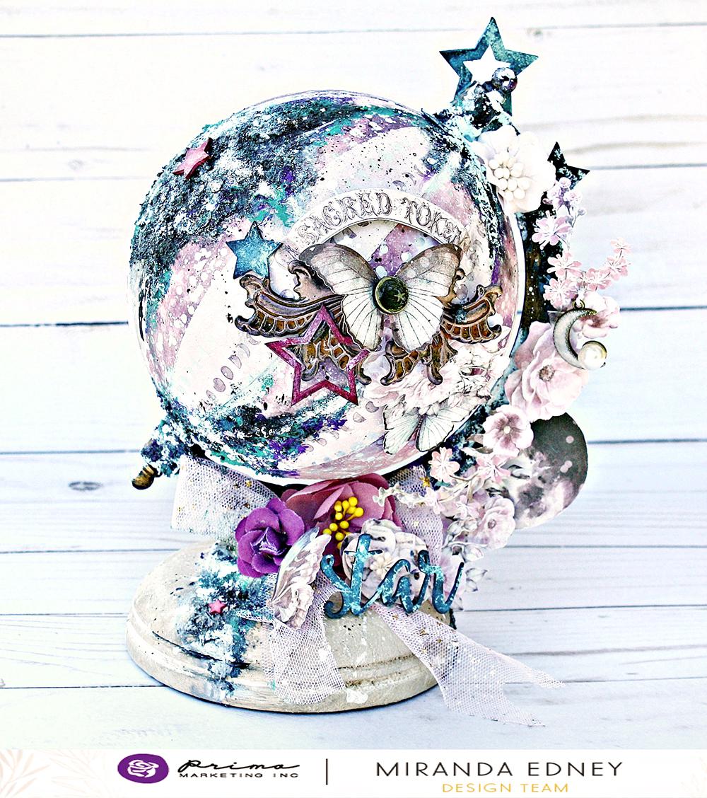 moo child globe miranda.jpg