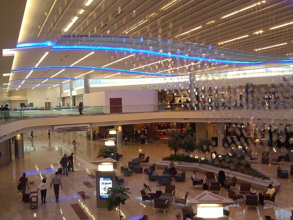 atlanta airport1.jpg