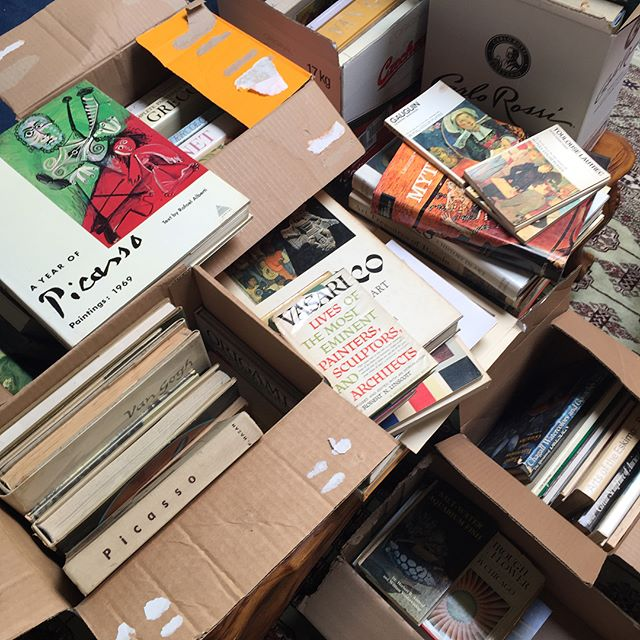 This morning we received a large donation of amazing art books to add to our growing library. Thank you Rita and thank you Glenda, wherever you are. ❤️