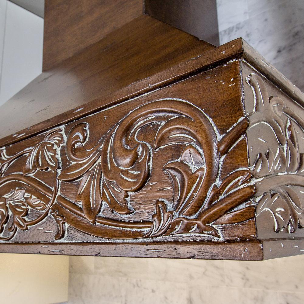 zline-designer-wood-range-hood-373RR-molding-1.jpg