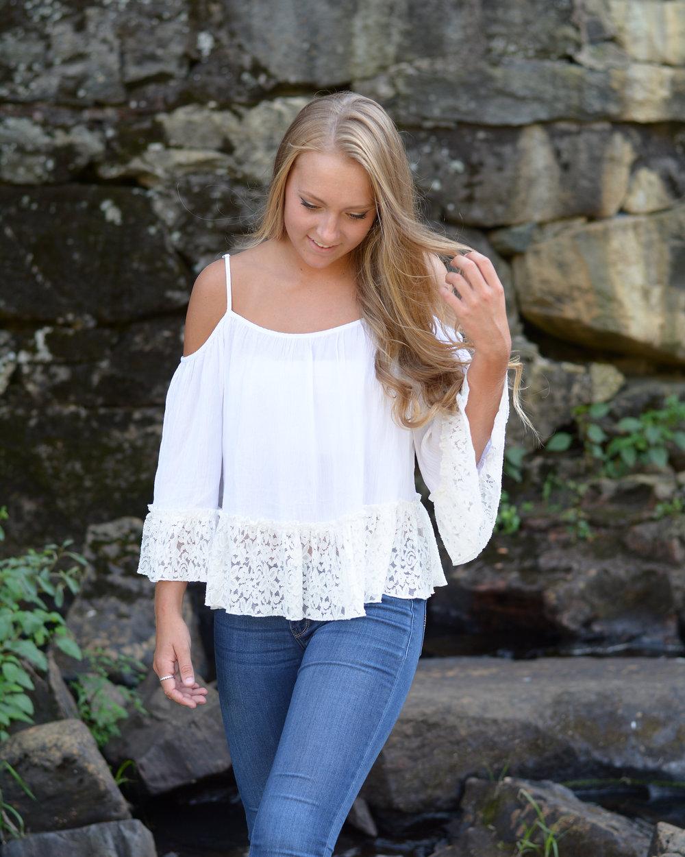 Nicole L 3.jpg