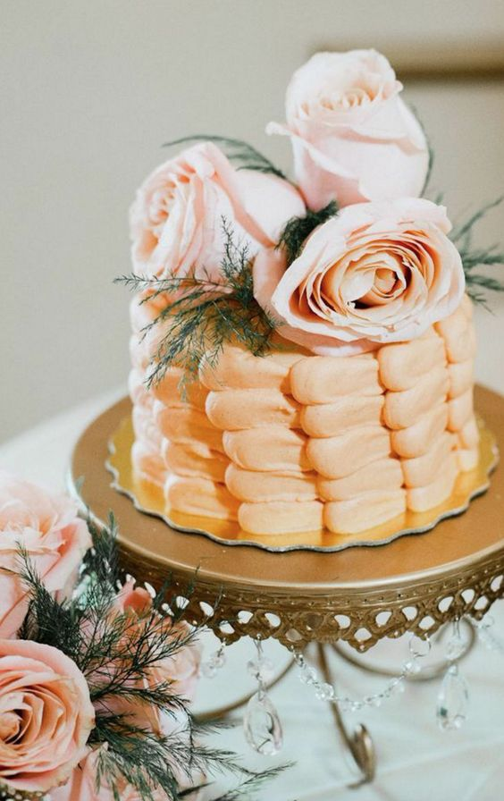 Chandelier Loopy Cake Plate