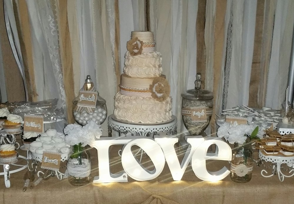 Love Cake Table | White Cake Stands
